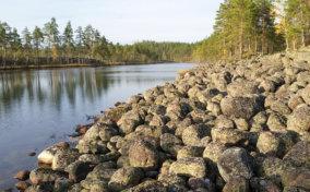 каменное озеро